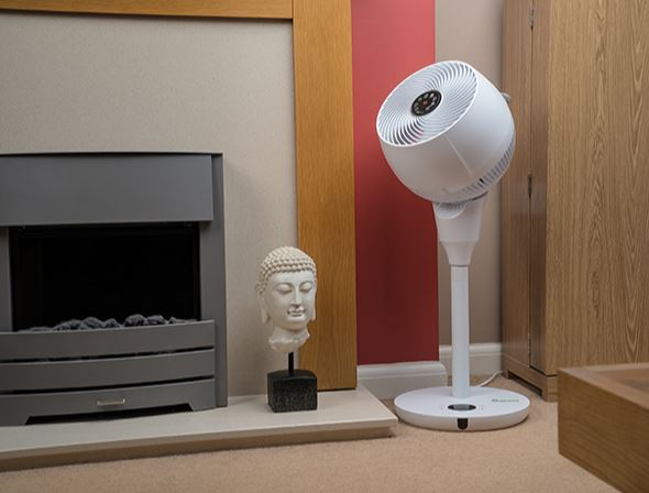 Meaco_air360_stand_pied_ventilator_8_lifestyle